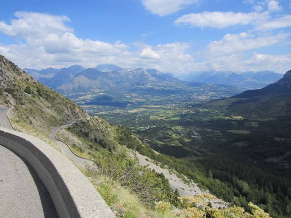 Descending Col du Noyer